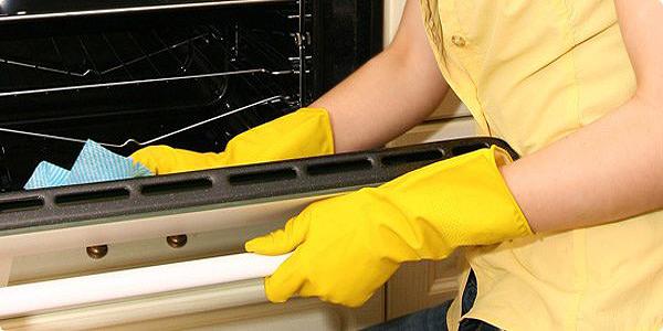 วิธีทำความสะอาดเตาอบไฟฟ้า