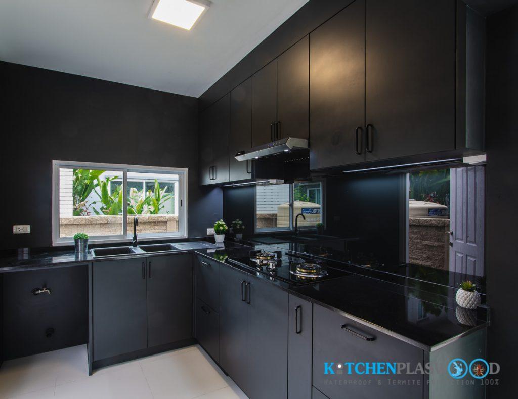 ชุดครัวพลาสวูด All Black Kitchen