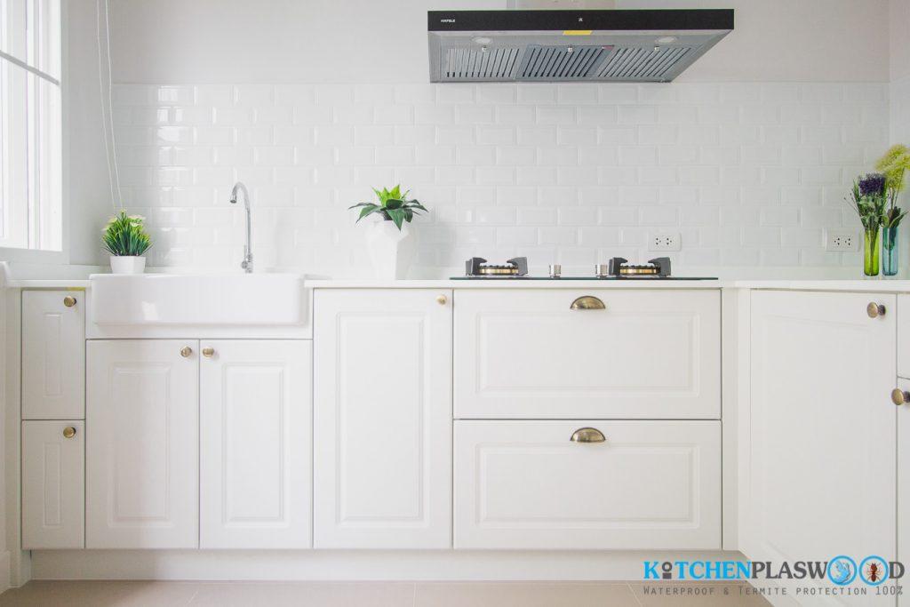 Vintage White Kitchen ครัวบิ้วอินสีขาว ในสไตล์วินเทจ, ชุดครัวบิ้วอิน หน้าบานสไตล์วินเทจ,