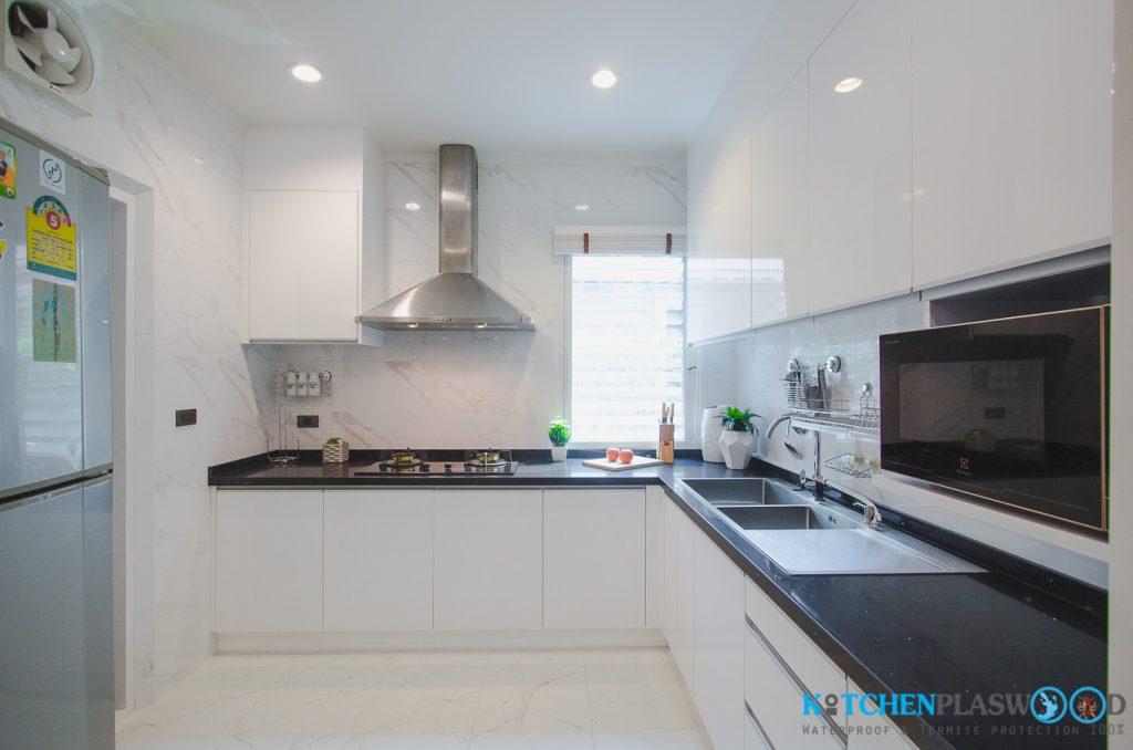 ชุดครัวบิ้วอิน, ชุดครัว Modern Kitchen Plaswood 100%