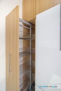 Modern Kitchen ชุดครัวโมเดิร์นในสไตล์ Minimal, ชุดตะแกรงตู้สูง