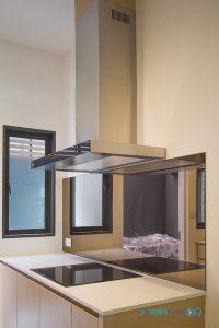 ชุดครัวลายไม้ ชุดครัวพลาสวูด 100%, กันคราบกระจก