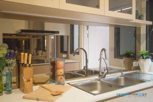 ชุดครัวลายไม้ ชุดครัวพลาสวูด 100%, แผงกันคราบกระจก