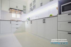 ชุดครัวโครงสร้าง plaswood, Kitchen Classic ชุดครัวเรียบง่าย ในสไตล์คลาสสิค