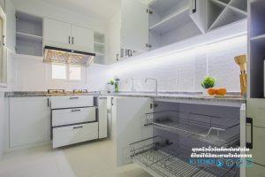 หน้าบาน Soft Close, Kitchen Classic ชุดครัวเรียบง่าย ในสไตล์คลาสสิค