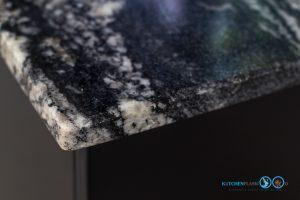 หน้าท็อปหิน, Mini Kitchen I Shape : ครัวบานเรียบในสไตล์โมเดิร์น