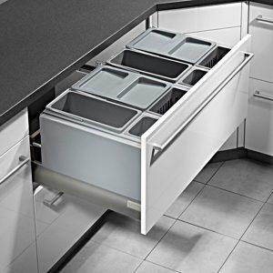ถังขยะภายในตู้, ชุดตะแกรงภายในชุดครัวของ Kitchen Form