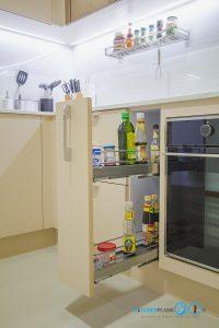 ชุดครัวสีครีม หน้าบานกระจกเงาสีชาทองสไตล์โมเดิร์น, ชุดตะแกรงใส่ขวดเครื่องปรุง