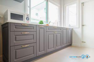 Classic I Shape Kitchen ชุดครัวหรูสไตล์คลาสสิค, ชุดครัวพ่นสีเทา, 8232 Girqitta,