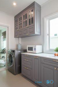 Classic I Shape Kitchen ชุดครัวหรูสไตล์คลาสสิค, ตู้ลอยไม้กันชื้น HMR,
