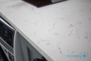 Mini Kitchen : ชุดครัวทูโทนในพื้นที่จำกัด, ท็อปหินควอทซ์ QZ-02