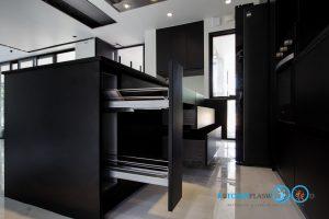 Modern Black Kitchen ชุดครัวดำสุดเท่ ในสไตล์โมเดิร์น, ชุดตะแกรงใส่ขวดเครื่องปรุง,