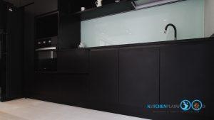 Modern Black Kitchen ชุดครัวดำสุดเท่ ในสไตล์โมเดิร์น, หน้าบานเรียบ DN-01,