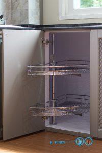 Classic Kitchen ชุดครัวเซาะร่อง สไตล์คลาสสิค, ตะแกรงเข้ามุมครึ่งวงกลม,