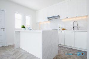 White Modern Kitchen, โต๊ะไอส์แลนด์หินควอทซ์,