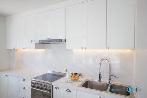 เครื่องใช้ไฟฟ้าชุดครัว, White Modern Kitchen,
