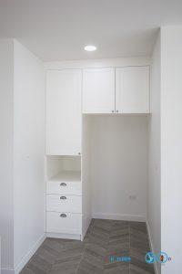 White Modern Kitchen, ตู้สูง,