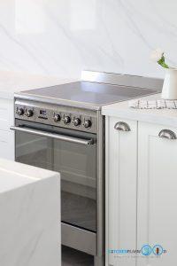 White Modern Kitchen, เตาแก๊สและเตาอบในตัว,