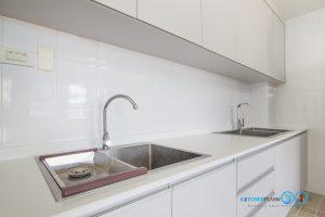 Built In Modern Kitchen ชุดครัวสีเทาในสไตล์โมเดิร์นเรียบเท่, อ่างล้างจาน,