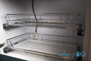 Classic Kitchen ชุดครัวฝรั่งหรูหรา ในสไตล์อังกฤษ, ตะแกรงจัดเก็บในตู้ บน ล่าง,