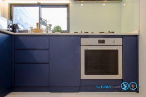 Two Tone Modern Kitchen ชุดครัวสองสี ในสไตล์โมเดิร์น, หน้าบานเรียบ,