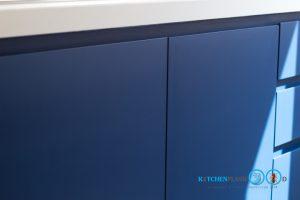 Modern Blue Kitchen ชุดครัวเรียบง่าย สไตล์โมเดิร์น, หน้าบานเรียบ, สีน้ำเงินด้าน,
