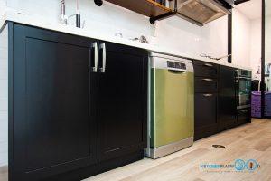 ชุดครัวบิ้วอินสุดเท่สไตล์ Industrial Loft โทนสีดำด้าน, ชุดครัวบิ้วอิน, ครัวสไตล์ลอฟท์, Loft Kitchen, Industrial Loft Kitchen, ชุดครัว I Shape, ชุดครัวสีดำด้าน, เครื่องใช้ไฟฟ้าบิ้วอิน,